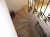 Rivestimento scala interna con legno lamellare